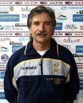 Sergio MADDE', una sorta condottiero della salvezza; ultima, ma solo in ordine di tempo, quella conquistata nella stagione 2003/2004 che ha visto l'Hellas perdere ad Avellino per 6 a 0...